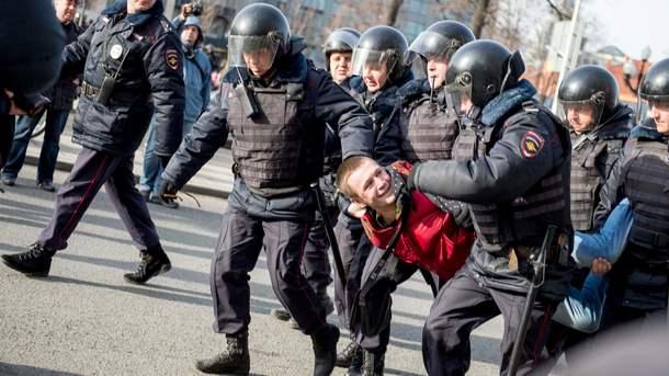В Германии заговорили о лишении России права на ЧМ-2018 после протестов в Москве
