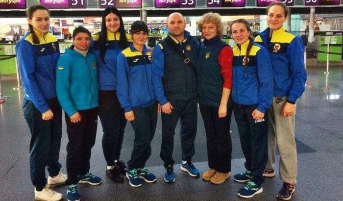 Женская сборная Украины по боксу отправилась на турнир в Казахстан
