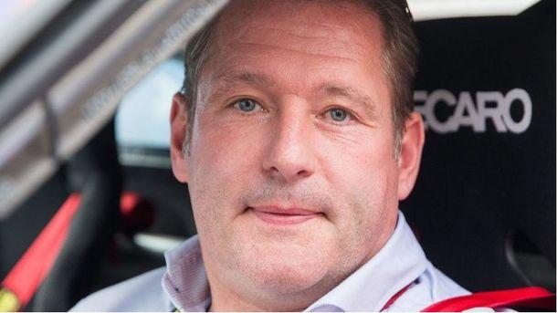 Экс-гонщика Формулы-1 Ферстаппена побили в ночном клубе