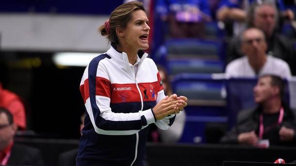 Знаменитая теннисистка Амели Моресмо родила дочь