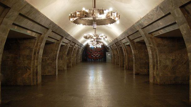 В Киеве станцию метро «Олимпийская» закроют на вход и выход