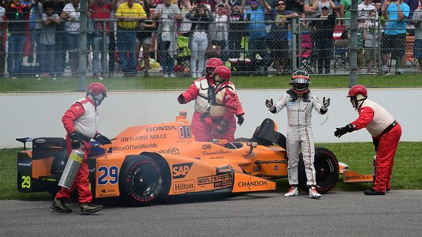Фернардо Алонсо не смог завершить гонку «500 миль Индианаполиса»