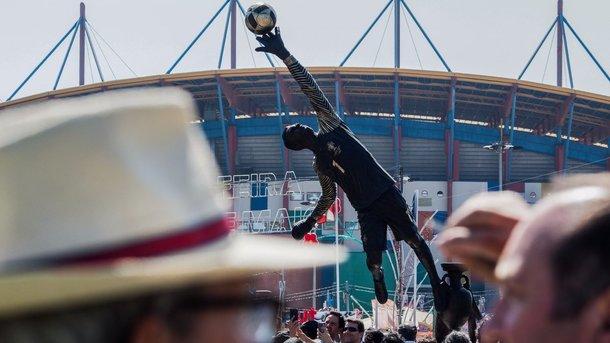 В Португалии установили памятник действующему вратарю сборной