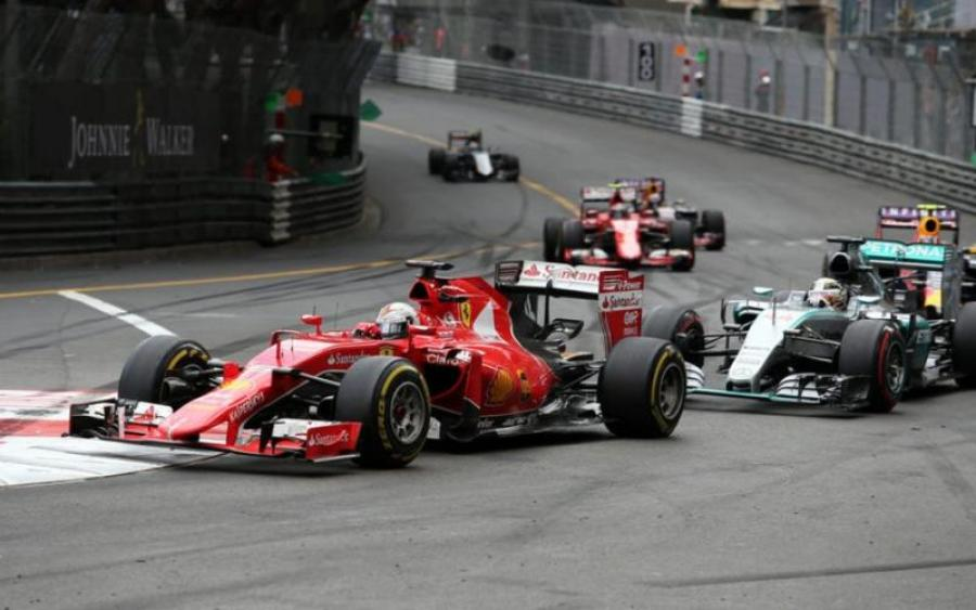 Немецкий гонщик Формулы-1 выиграл Гран-при Монако