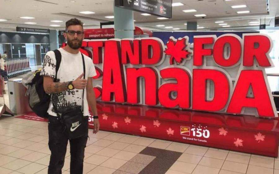 Украинский голкипер трудоустроился в Канаде