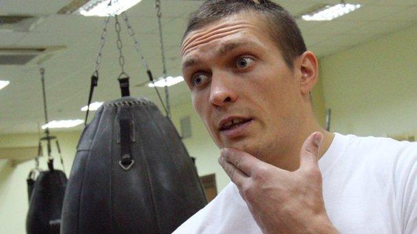 Александр Усик назвал точную дату следующего боя