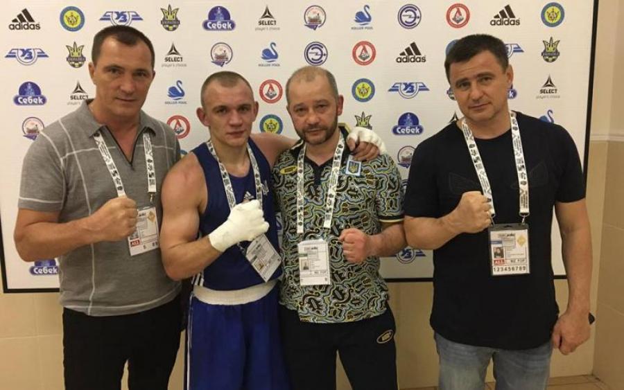 Украинская сборная по боксу завоевала лицензии на чемпионат мира
