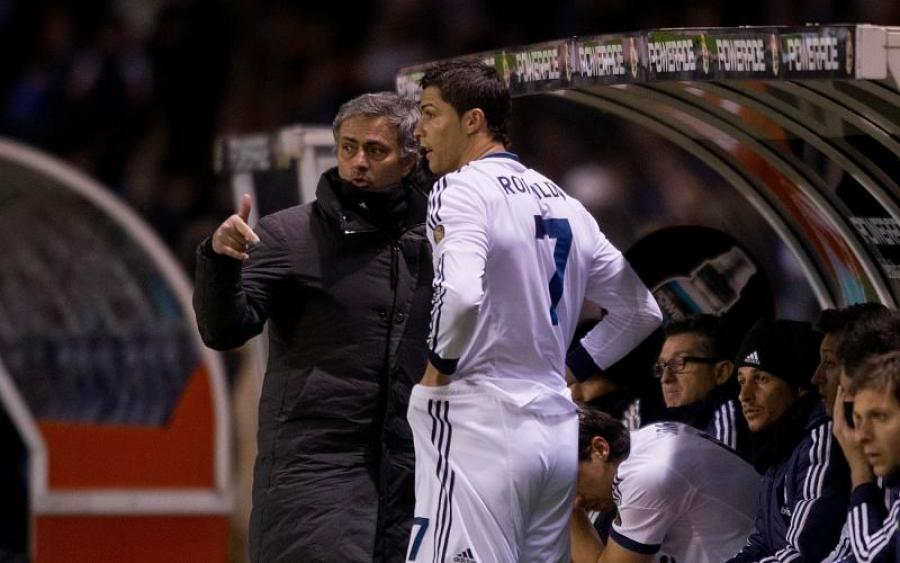 Наставник Манчестер Юнайтед не хочет видеть Роналду в клубе