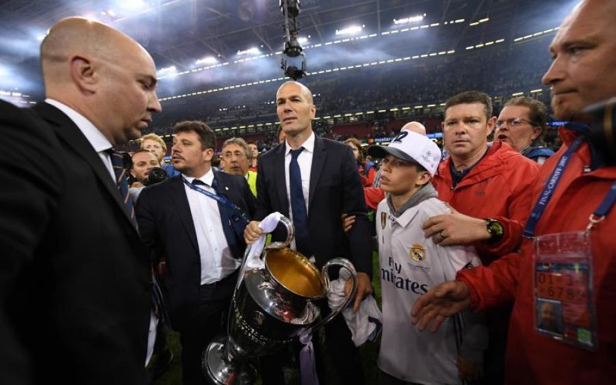 Лучший футбольный клуб Европы определился с тренером