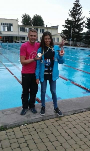 Юная жительница Луцка стала чемпионкой Украины по плаванию