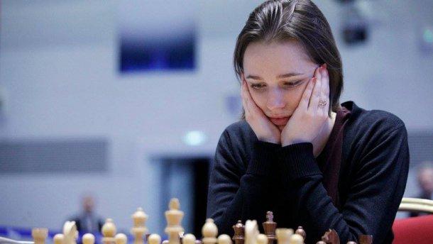 Анна Музычук удерживает третью позицию в рейтинге ФИДЕ лучших шахматисток мира