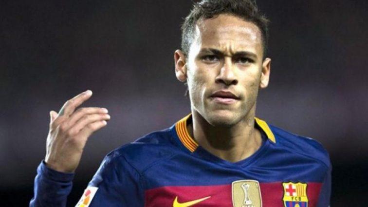 Барселона уговорила Неймара остаться в клубе