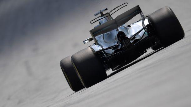 Гран-при Австралии в Формуле-1: первую практику выиграл Льюис Хэмилтон
