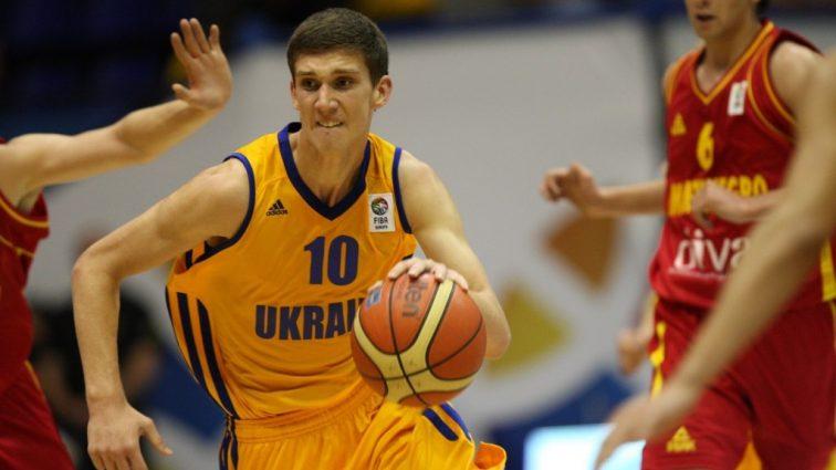 Украинец Михайлюк стал лучшим бомбардиром молодежного Евробаскета-2017
