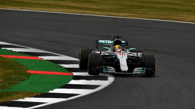 Формула-1: Хэмильтон завоевал поул Гран-при Великобритании
