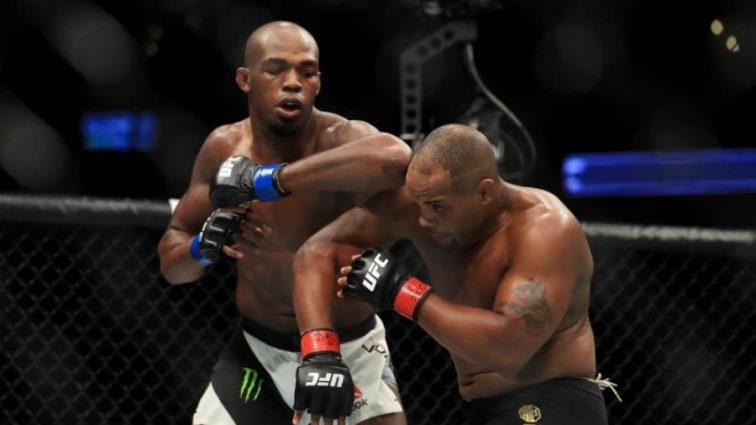 UFC 214: Результаты всех боев турнира
