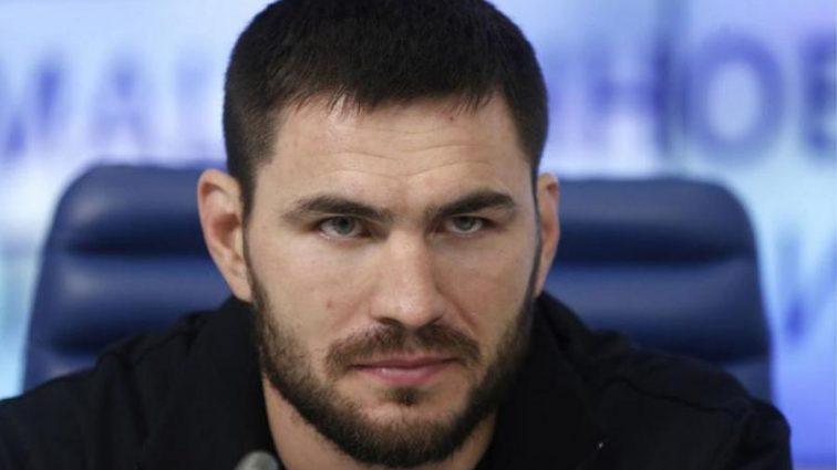 Измена: Украинский боксер получил российское гражданство