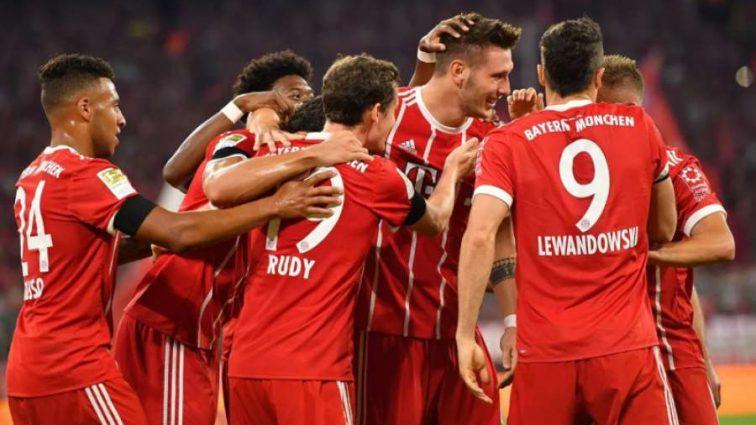 Чемпионат Германии: Бавария одержала уверенную победу в первом туре