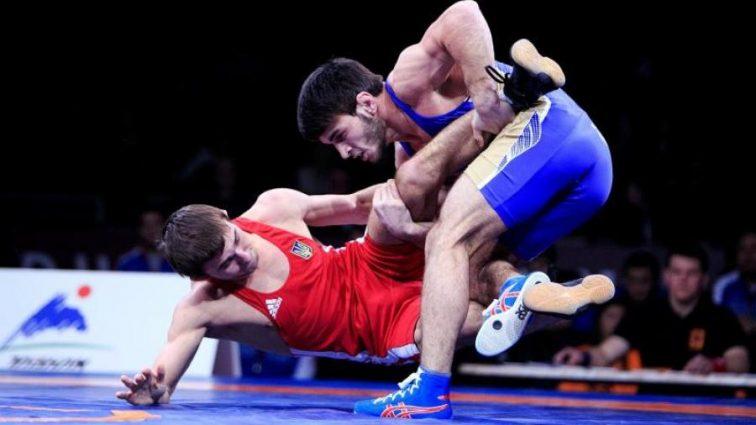 Украинец завоевал бронзу чемпионата мира по вольной борьбе