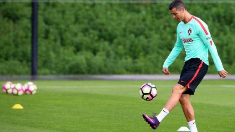 Роналду серьезно настроен на матч против футбольного карлика