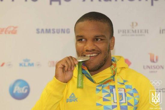 Олимпийский призер Беленюк стал лучшим борцом года в мире