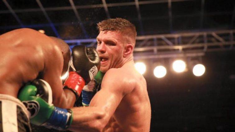 Украинский боксер победил соперника и стал претендентом на чемпионский титул