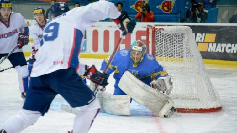 Украинский хоккеистов жестко наказали за сдачу матча