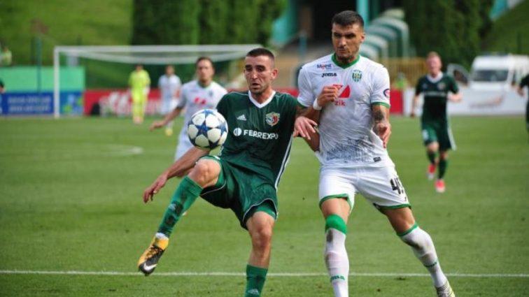 В матче с Динамо футболист получил тяжелую травму
