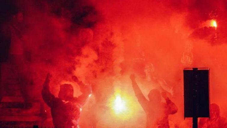Футбольные фанаты обратились к Президенту Украины