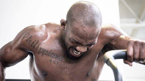 Погоревший на допинге Джон Джонс лишен титула чемпиона UFC
