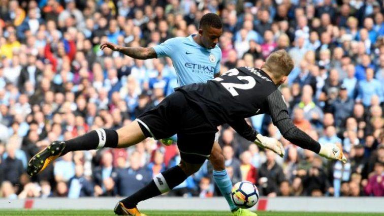 Чемпионат Англии: Манчестер Сити разгромил Ливерпуль, Челси сыграет с Лестером