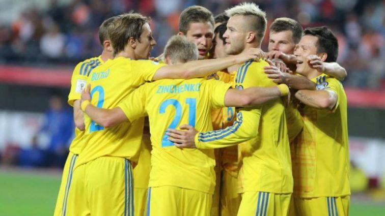Украина одержала победу в важном матче с Турцией