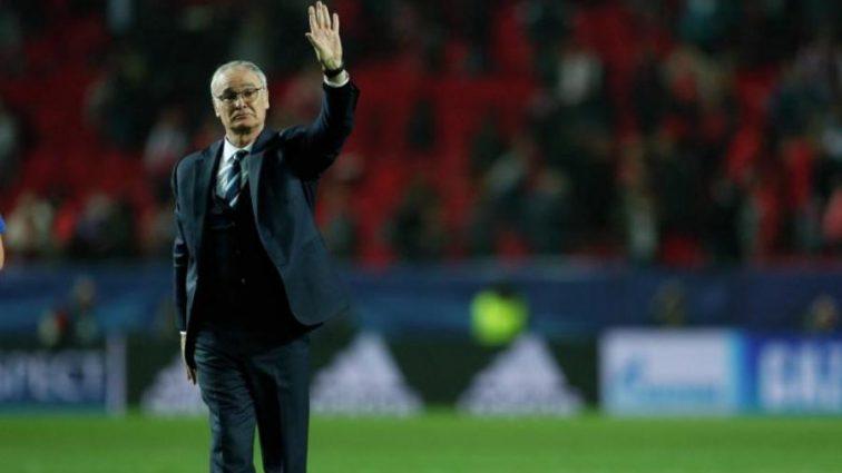 Известный тренер просит футболистов играть с шампанским