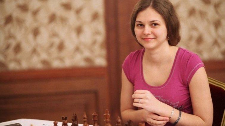 Украинка выиграла чемпионат Европы по быстрым шахматам