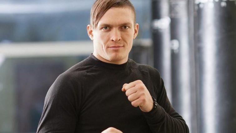 Усик поразил непобедимого боксера