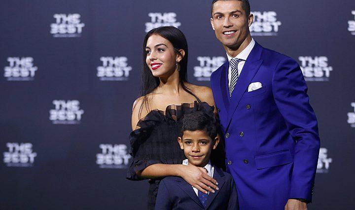 Роналду со своей девушкой рассекретили имя будущего ребенка