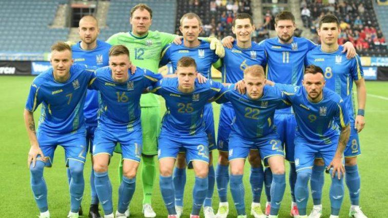 Косово — Украина: Стали известны стартовые составы команд