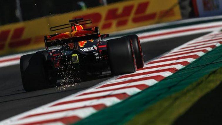 Формула-1: Риккардо показал лучшее время на второй практике Гран-при Мексики