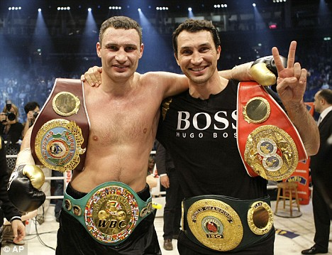 Виталия Кличко вызвали на бой, а Владимира — унизили