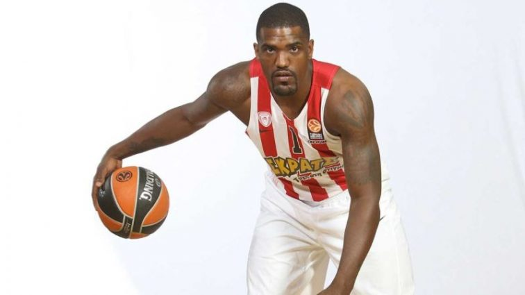 На американского баскетболиста напали в Милане