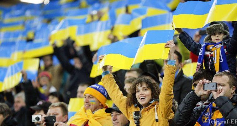 В Украине создадут «черные списки» футбольных фанатов