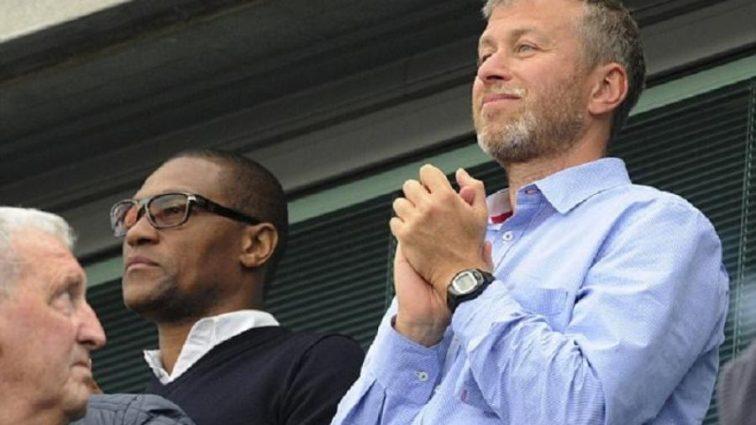 Директор английского гранда уволился из-за конфликта тренера с владельцем