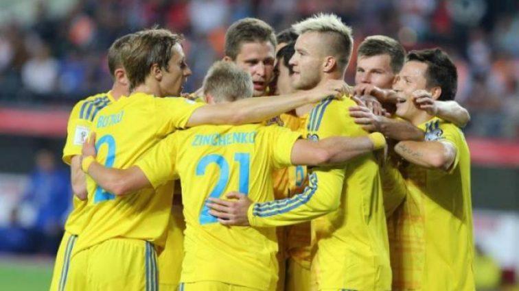 Украина — Словакия: Стали известны стартовые составы команд