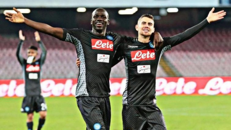 Чемпионат Италии: Победа Наполи над Миланом, Рома сильнее в дерби Рима