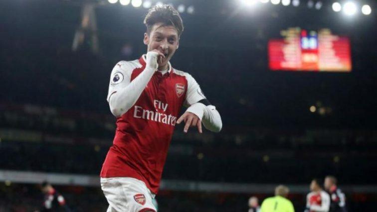 Лидер Арсенала может сменить один лондонский клуб на другой