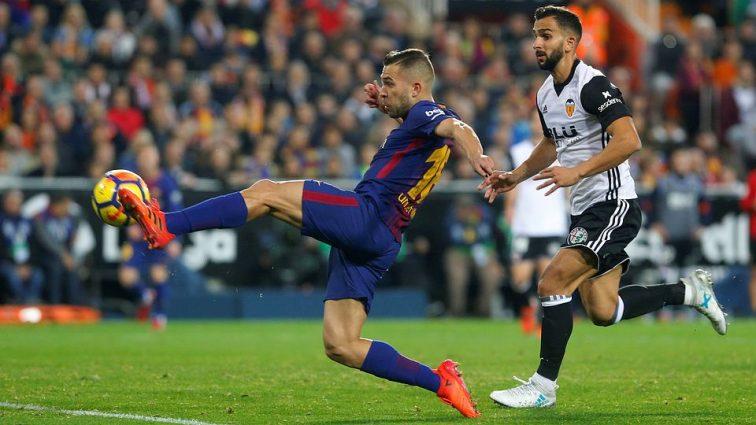Чемпионат Испании: Барселона сыграла вничью с Валенсией, Севилья сильнее Вильярреала