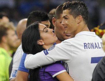 Роналду изменил любимой с португальской моделью