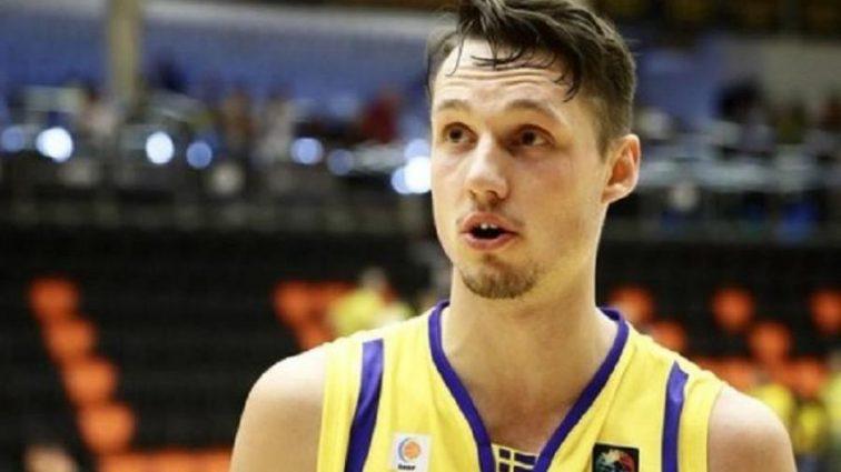 Ведущий шведский баскетболист не сыграет с Украиной