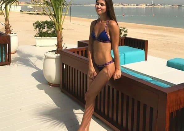 Молодая жена экс-тренера Динамо поразила сеть откровенными фото