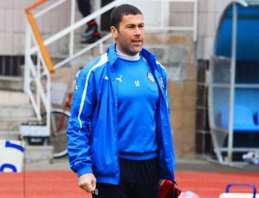 Президент Олимпика увел молодежную команду с поля в матче с Карпатами